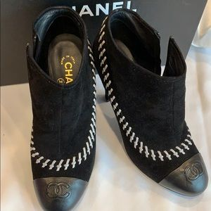 Chanel Booties size 39